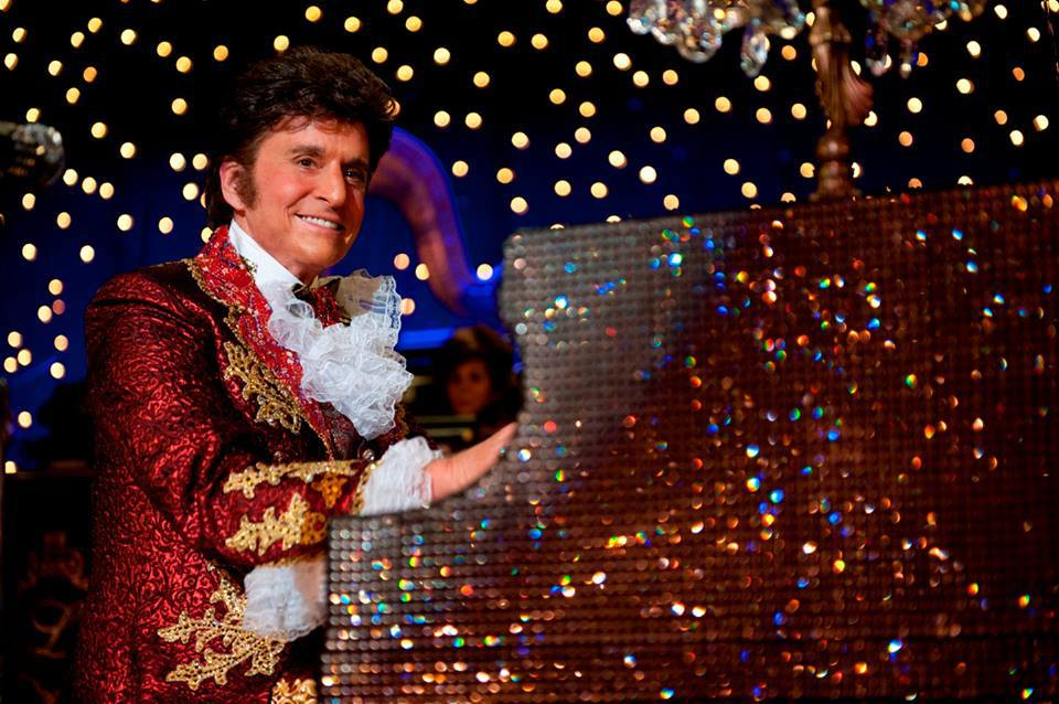 Behind the Candelabra - Film Review - Everywhere