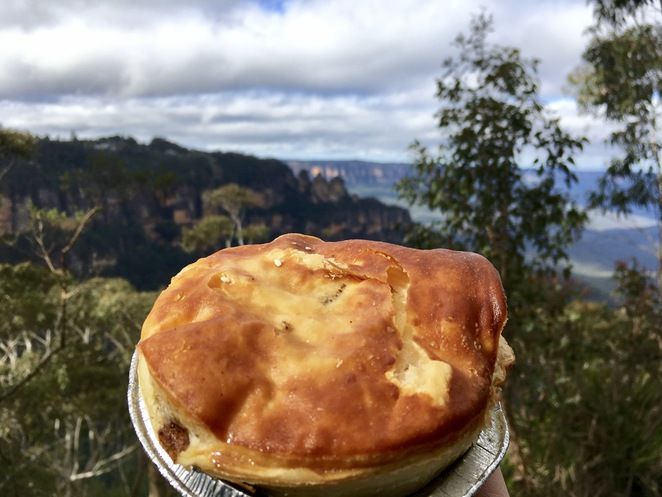 Hominy Bakery Pie, Blue Mountains Pie, Three Sisters Pie, Jade Jackson Photography