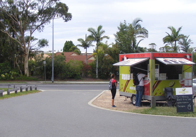 There is usually a food, ice cream or juice truck at the car park on weekends