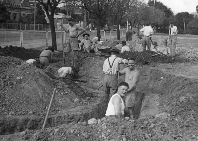 parklands, adelaide parklands, sport and recreation, south parklands, bonython park, city of adelaide, activities for kids, state library sa, world war 2