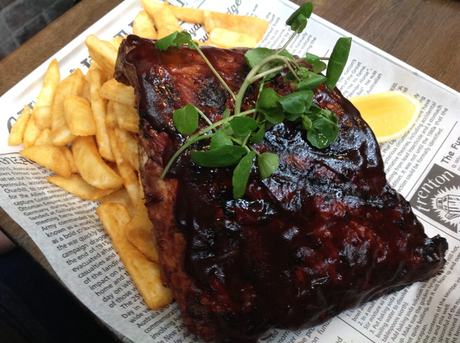 pork ribs, Sir Chapel Brewery & Grill House