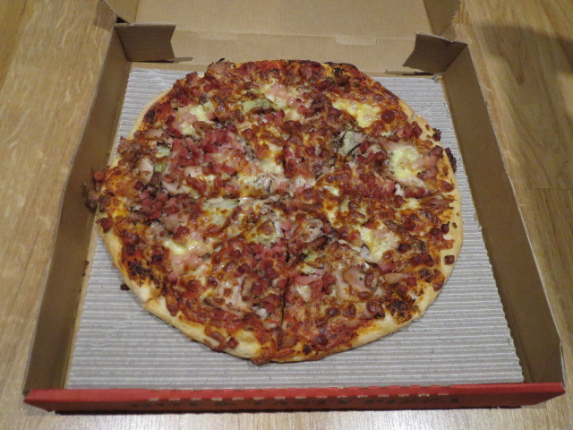 Uncle Rob's Pizza, Chicken Gourmet Pizza, Adelaide