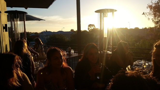 Cabin, small, bar, rooftop, perth, mount hawthorn, food