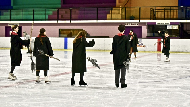 Harry Potter on Ice, Harry Potter, broomstick class scene, image by Jade Jackson, JK Rowling, Pottermore, Hermione, Ron Weasley, Harry Potter spell class