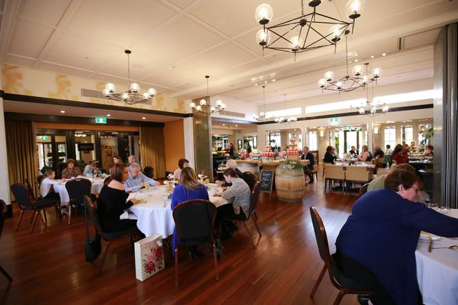 hotel kurrajong, canberra, christmas day, 2017, canberra, ACT, lunch, christmas lunch, restauarnts,