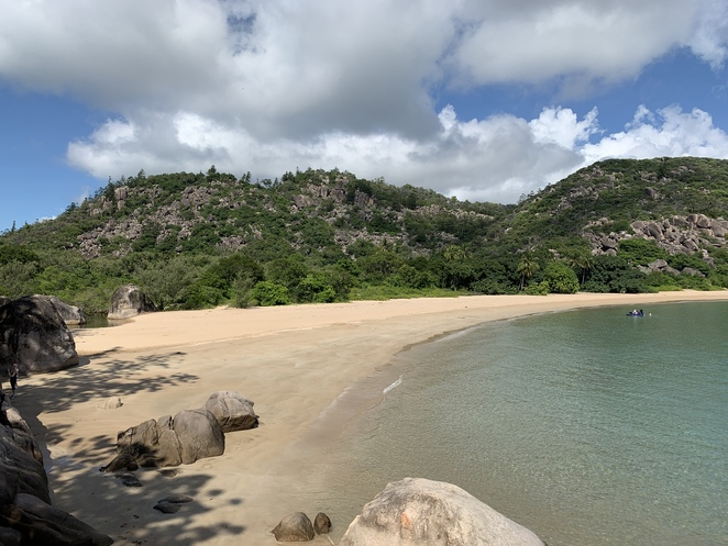 Magnetic Island, Magnetic Island National Park, Townsville, SeaLink passengers ferry, Secluded beaches, Boulders, Forest, Koala Population, Balding Bay and Radical Bay Magnetic Island, Hiking Magnetic Island,