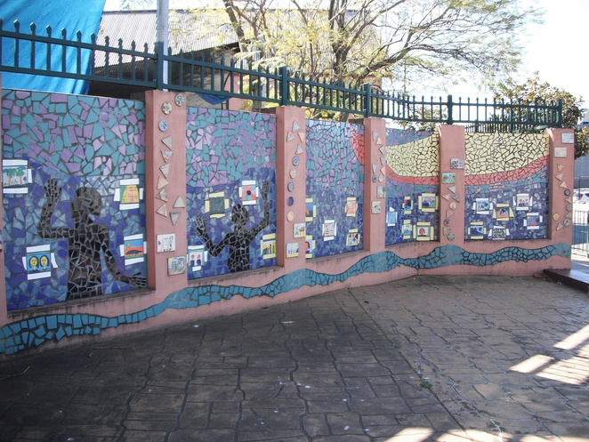 Mosaic art, Liverpool Public School