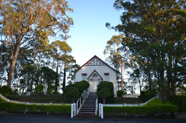 Hilltop on Tamborine Chapel