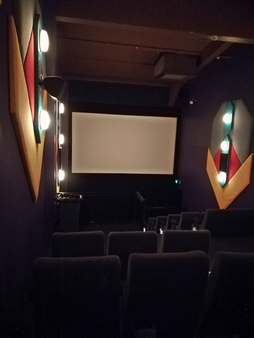 nelson bay cinema, cinema 2, port stephens movie cinema, whats on, rainy day, things to do, nelson bay