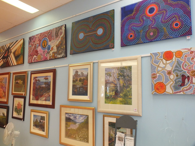 Parramatta Art Society - Inside the Gallery