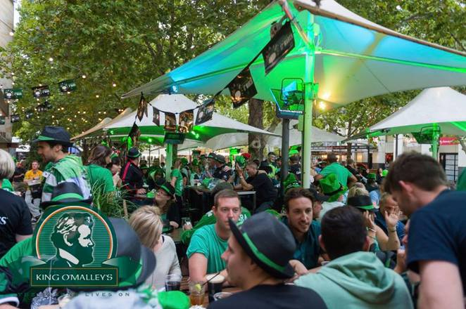 st patricks day, 2016, canberra, ACT, king o malleys, irish, beer, guiness,