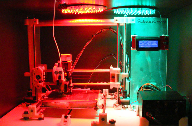 3D printer constructed from recycled and new parts