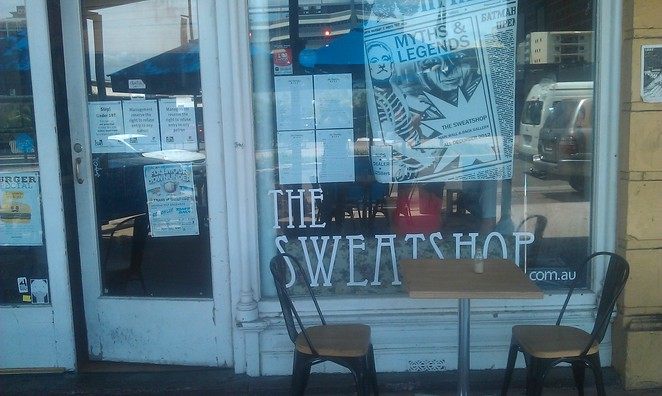 The Sweatshop Cafe, Townsville galleries, townsville cafes, internet cafes townsville, merlot cafe