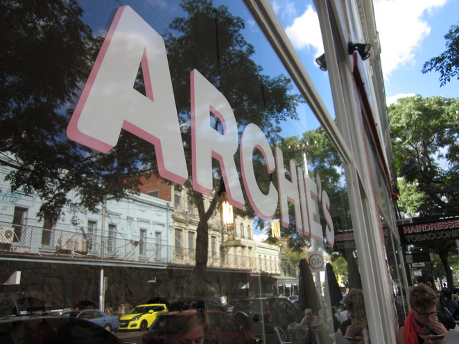 Archie's All Day, Gertrude St