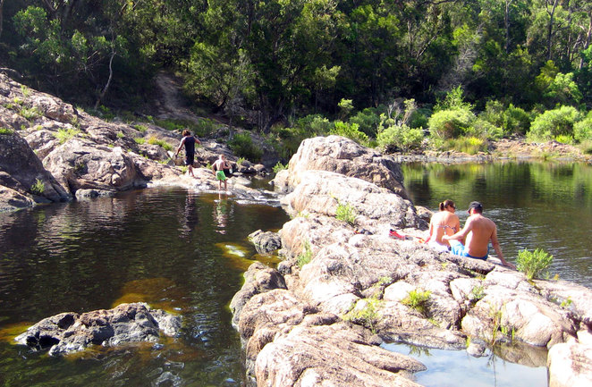 The upper and lower rock pools at Boonoo Boonoo