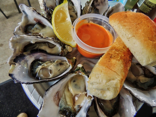 cafe, restaurant, adelaide, cheap eats, curry, asian food, chinatown, pubs, lunch specials, fresh oysters
