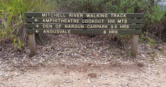 Follow the signs for cliff top views of the Mitchell River