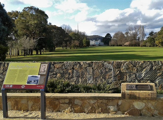 government house lookout, ACT, yarralumla, canberra, lady denman drive, historical sites, history, local history, yarralumla house,