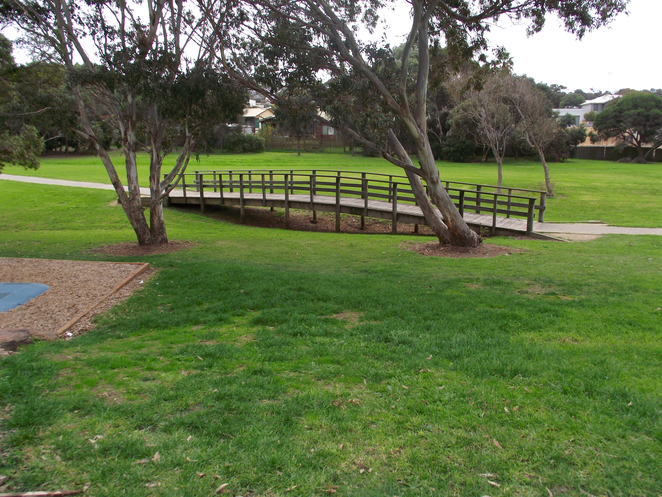 Jan Juc, Jan Juc creek, playground, park, bridge, wooden bridge, wooden creek bridge, grass, torquay, picnic spot, bbq, barbecue,