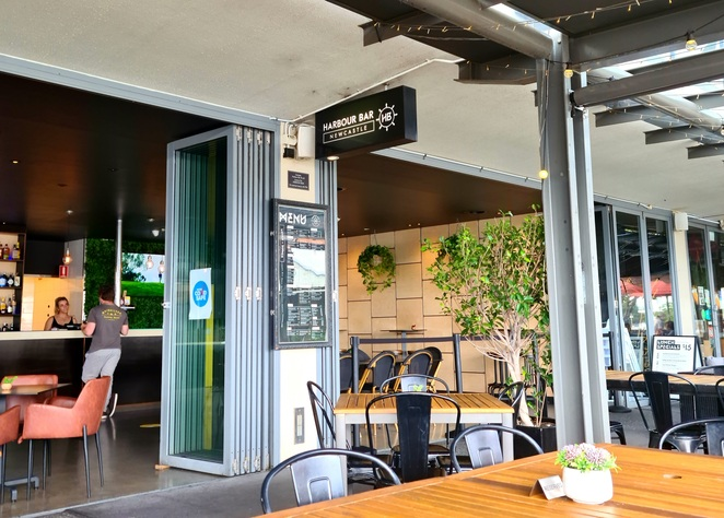 Lunch, dinner, Newcastle, views, waterfront, family friendly, specials