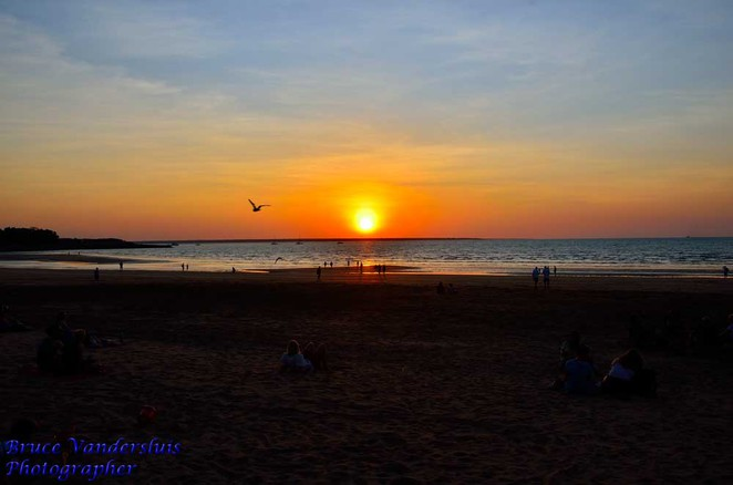 market,beach,sunset,darwin,northern territory,mindil beach
