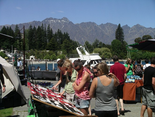 queenstown, markets