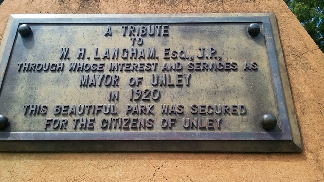 Plaque thanking Mayor William Langham, Heywood Park Unley