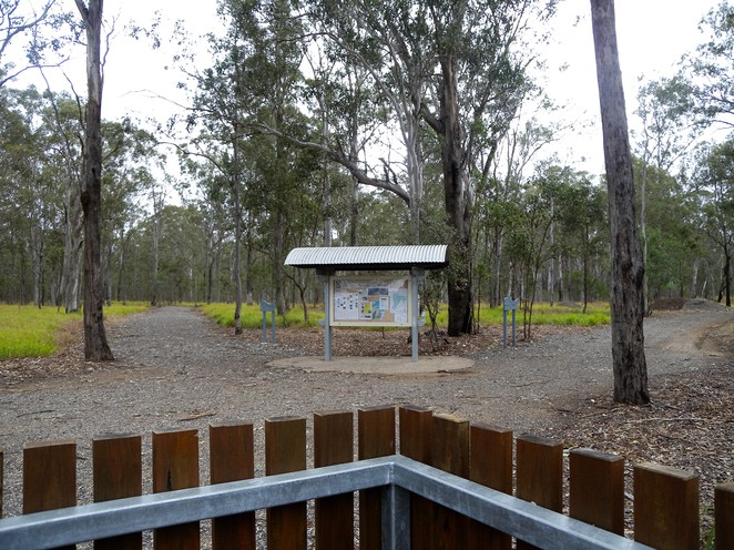 You can walk the Kangaroo Trail Circuit in either direction.