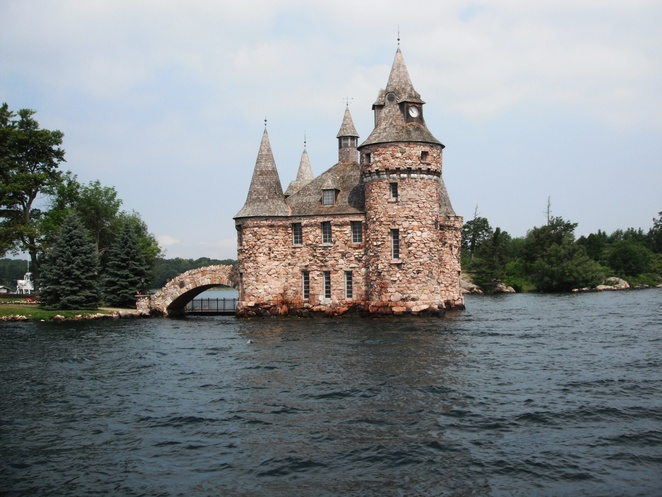 Boldt Castle Power House, Heart Island