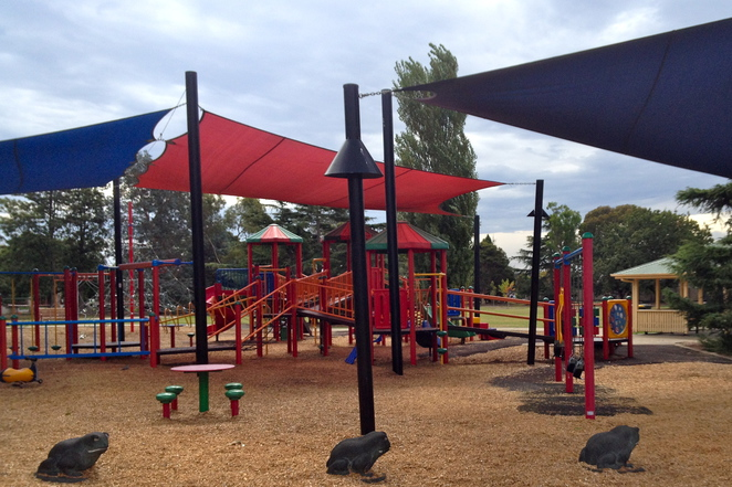 Halley Park, Jasper Road, Bentleigh, Playgrounds, Outdoors, Parks, Top Parks for Kids, Party Ideas, Fun for Kids, Glen Eira