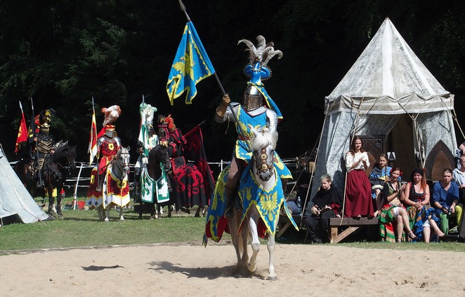 knight,horse,mounted,armour,medieval,tent,blue,jousting