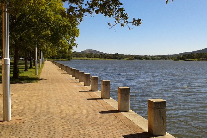 lake tuggeranong, canberra, kids, activities, bike riding, scooters, school holidays, what to do, greenway, lake tuggeranong, tuggeranong, ACT,