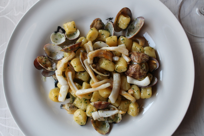 l'archeologia restaurant rome italy smoked gnocchi squid clam seafood