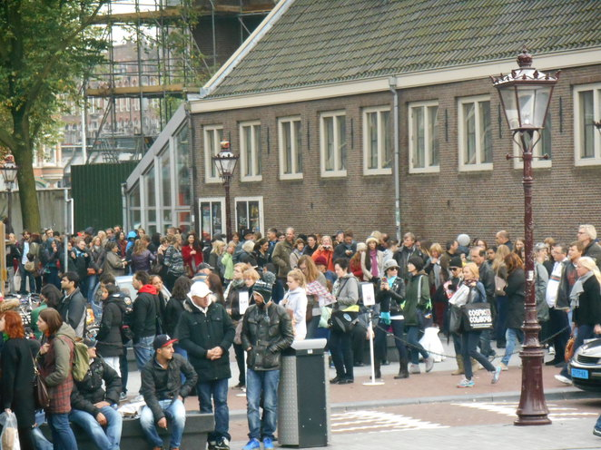 Queue at Anne Frank House