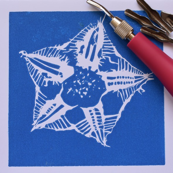river studios christmas market and exhibition 2019, community event, fun things to do, free christmas event, christmas shopping, hand printed christmas wrapping paper workshop, handmade products, creative spaces, river studios, city of melbourne, limited edition items, artworks, textiles, jewellery, cards, photos, tea towels, serving boards, ceramics, sculpture, earrings, bowls, paintings