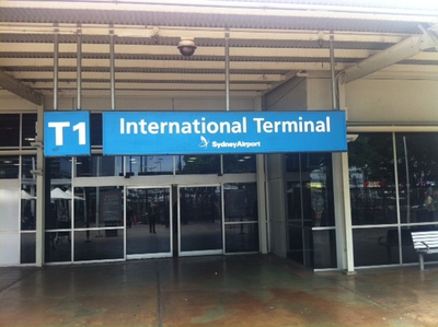 how to get to the international airport from pyrmont