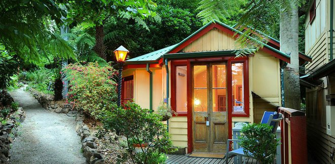 Como Cottages, Dandenong Ranges, accommodation, romantic getaway, forest walks, self-contained cottage