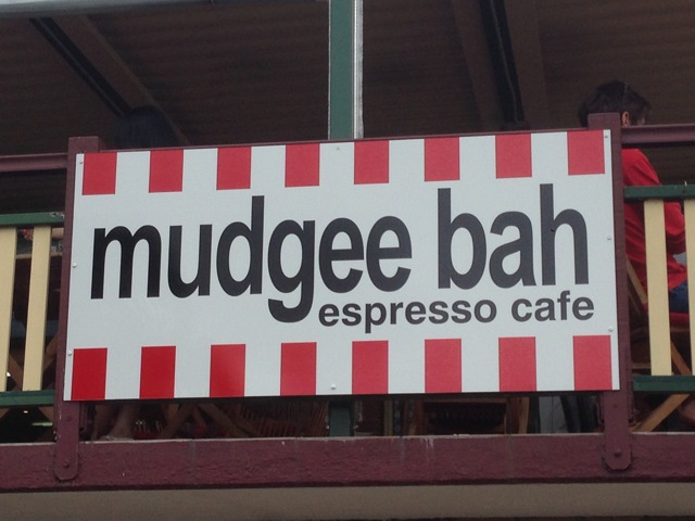 mudgee Bah expresso coffee shop, Mudgee Bah coffee shop, coffeee shop gold coast, place to have tea gold coast, what to do Gold Coast, where to go Gold Coast