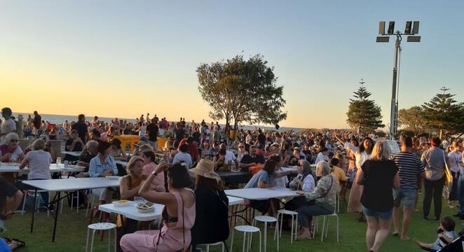 South Beach Sunset Markets, South Beach, Fremantle, food vans, sunset, dinner, child friendly, Saturday nights, dog friendly, live music