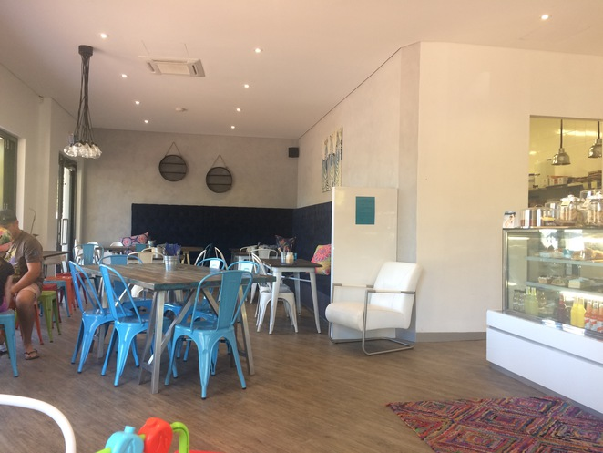 Sul Lago, Beelier cafes, child-friendly cafes Perth, child-friendly cafes Cockburn, cafes near playgrounds, toddler-friendly cafes Perth