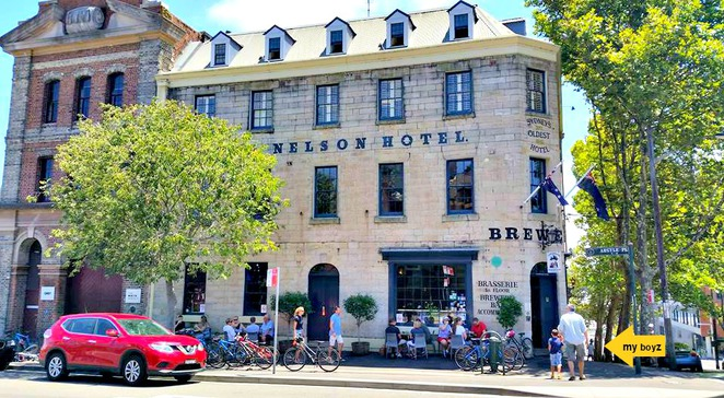 sydneys oldest pub, historical pubs in sydney, pubs in the rocks, sydney pubs