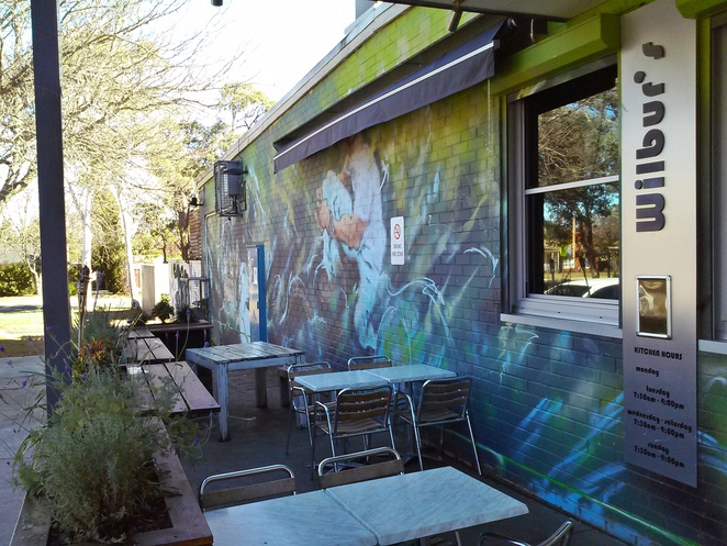 wilburs, wilburs cafe and bar, dog friendly, fireplace, breakfast, lunch, coffee, canberra, hackett shops, hackett, ACT, pubs, cafes,