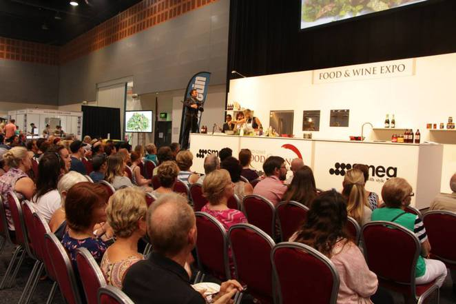 food and wine,gold coast,stage