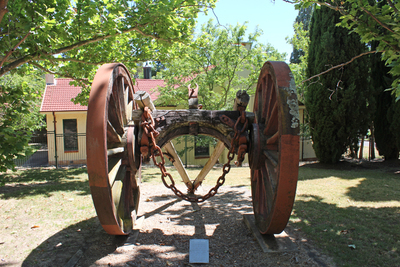 forestry oval, forestry products research facility, csiro, wagons, yarralumla 2, logging