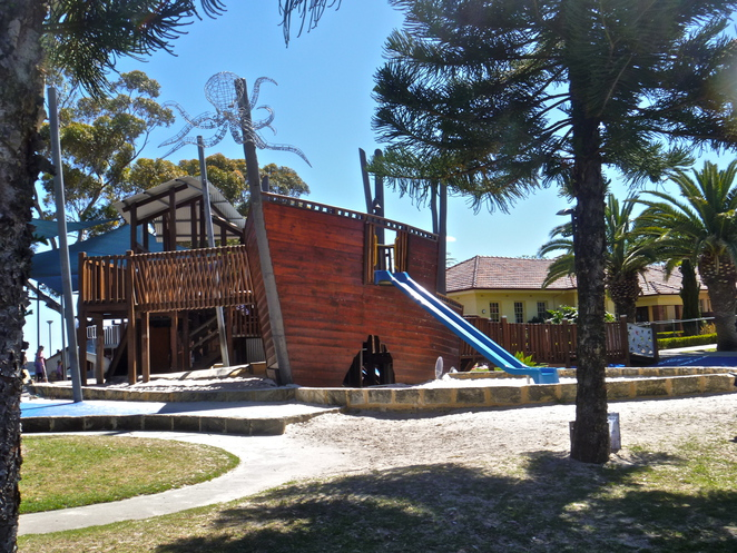 Heathcote, applecross, pirate playgorund, pirate ship perth, perth playgrounds, best playground perth