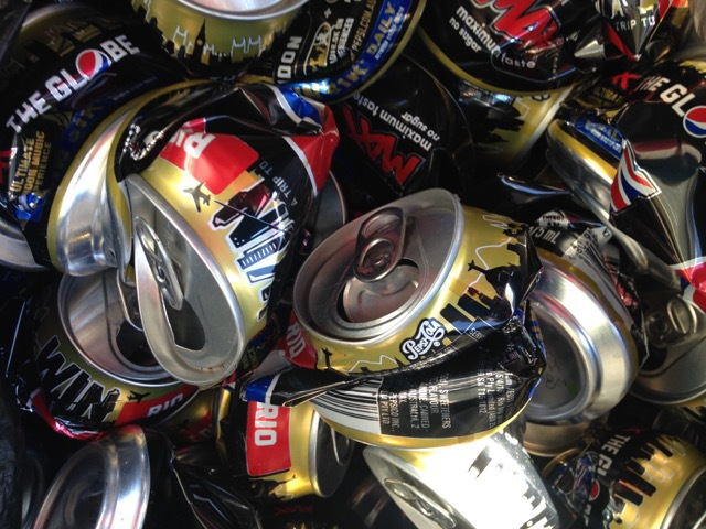 Crushed cans, aluminium cans