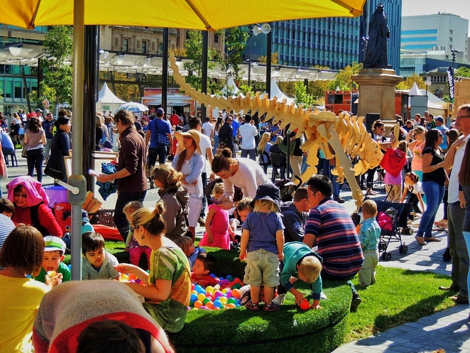 in adelaide, food truck, food festival, free things to do in adelaide, family entertainment, fork on the road, activities for kids, splash adelaide, tasting australia