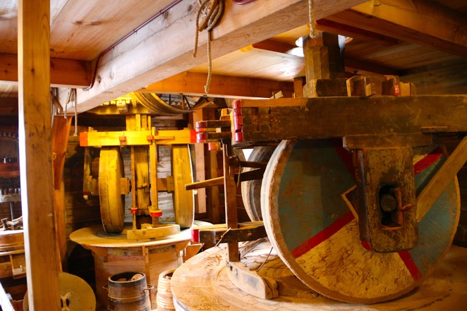 inside windmill,netherlands,Zaanse Schans,holland,free attraction