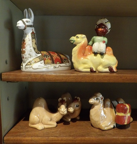 Old camel salt and pepper shakers