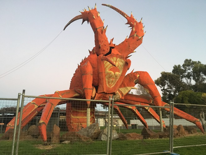 big things, australia, road trip, attraction, tourist, queensland, brisbane, adelaide, big lobster, larry the lobster, lobster, lobster motel